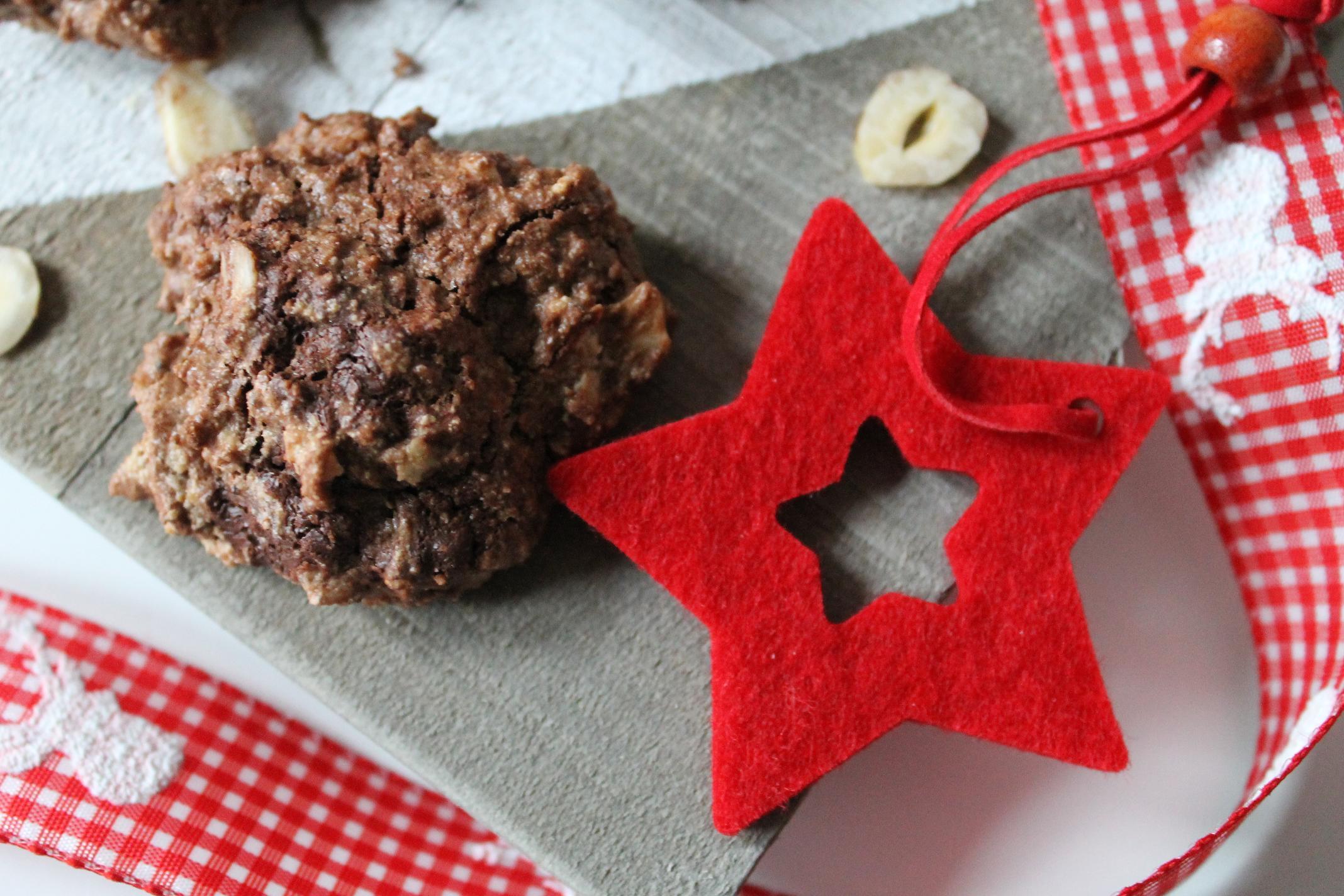 Brutti ma buoni – italienische Nussmakronen zum 2. Advent