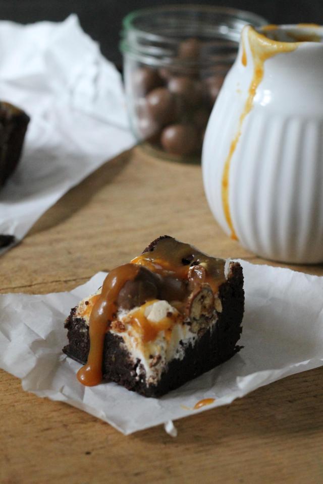 Rocky Road Brownies Karamell 1