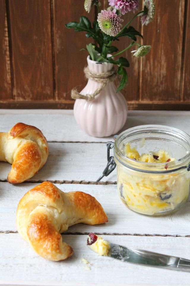 Croissants_Butter_4